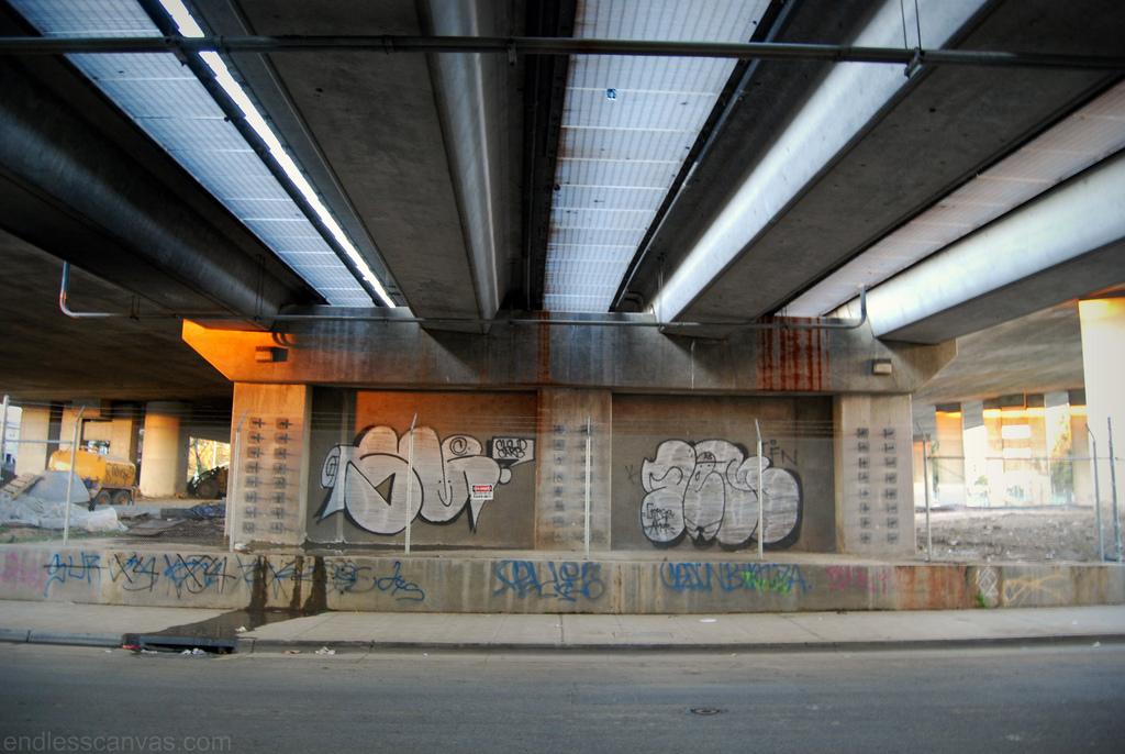 Suenos Femer Graffiti Oakland.