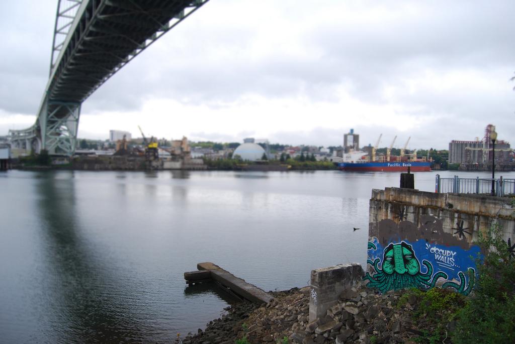 GATS Graffiti Occupy Walls.