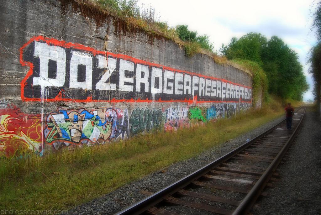 DOZER OGER FRESA EERIE FREYA Graffiti - Portland OR.