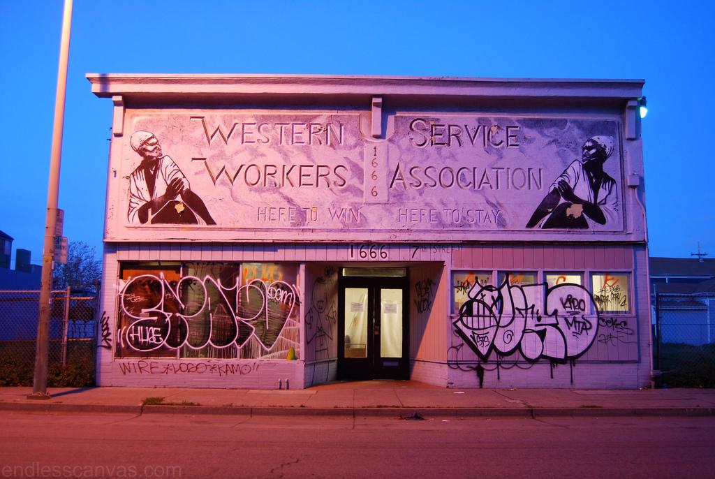 Starv Toro MTA Graffiti.