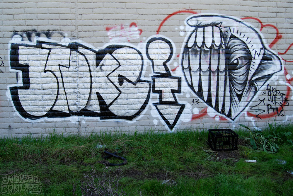 BROKEGHOSTOWLGraffiti-EastBayCA
